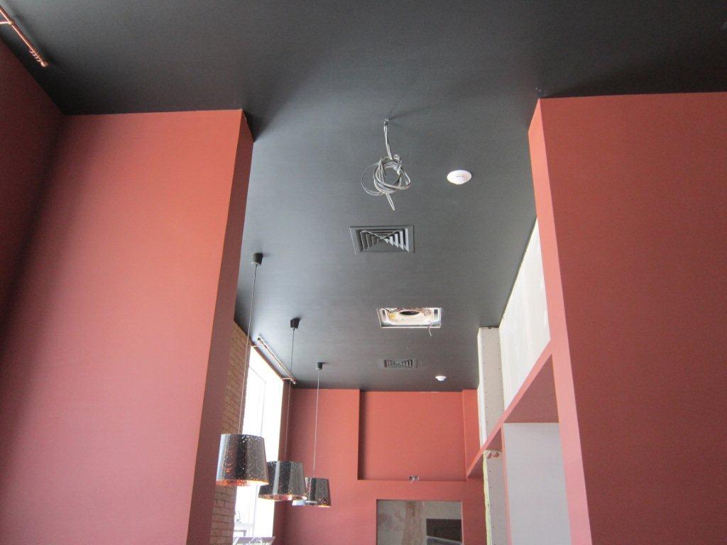 приточно-вытяжная установка ВУТ 2000 ЭГ в кафе